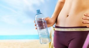 Зачем пить воду для избавления от целлюлита?